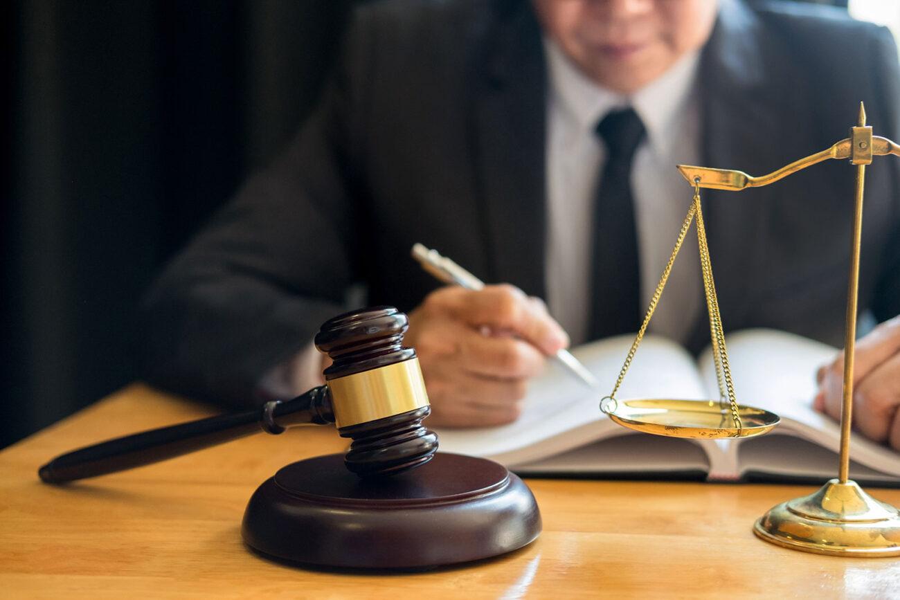 Aceptamos casos sobre la base de una tarifa de contingencia